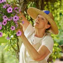 5 Summer Dangers Specific to Seniors 211