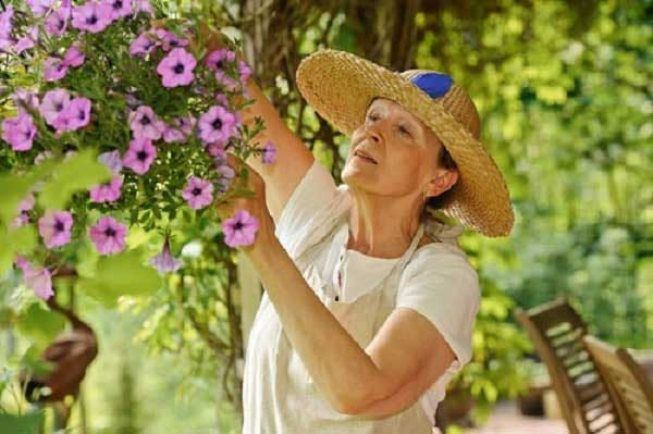 5 Summer Dangers Specific to Seniors 600