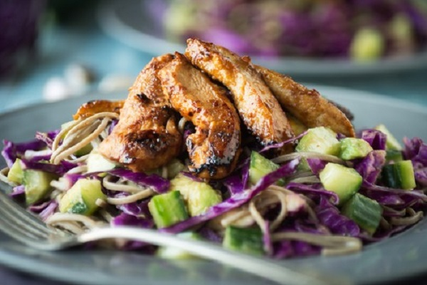 image of a chicken cabbage salad, a healthy, nutritious recipe