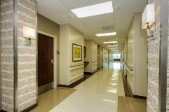KindredHealthCare_NotheastHouston_FIN_3787_Hallway