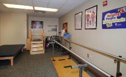 KH_Dayton_RehabilitationRoom-13