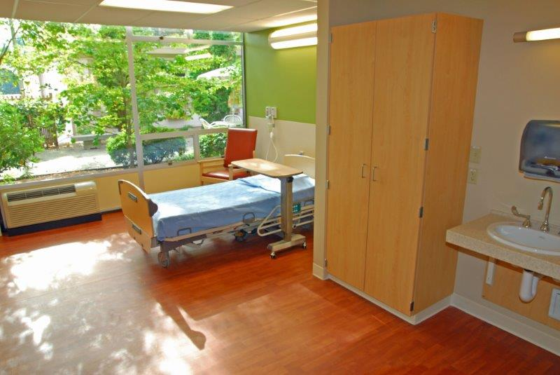KH Seattle Patient Room 1